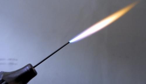 Как сделать в домашних условиях водородную горелку