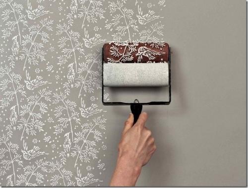 Покраска бумажных обоев водоэмульсионной