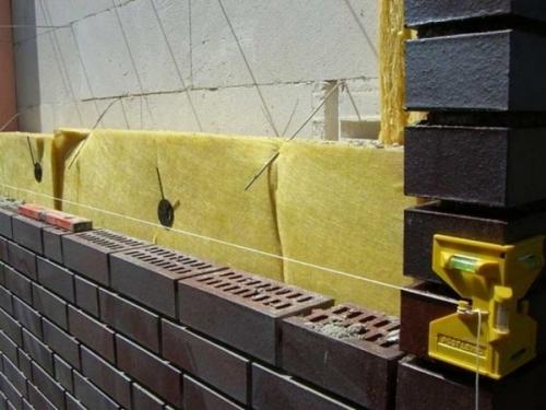 Строительство бани из кирпича