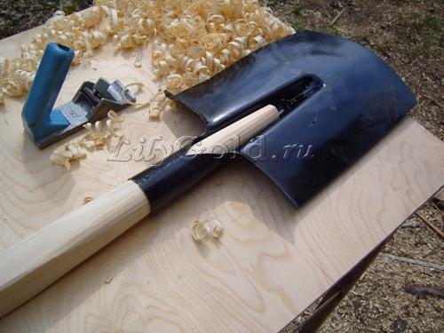 Черенок для лопаты - деталь, достайная внимания, Строительный портал