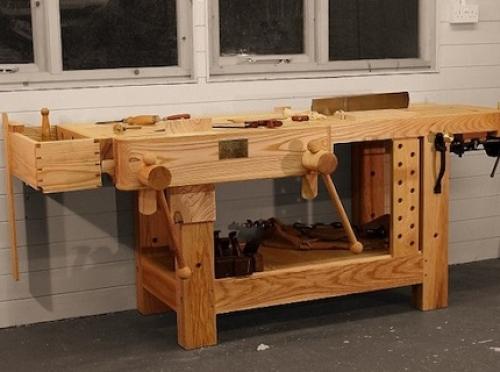 Слесарный стол из дерева