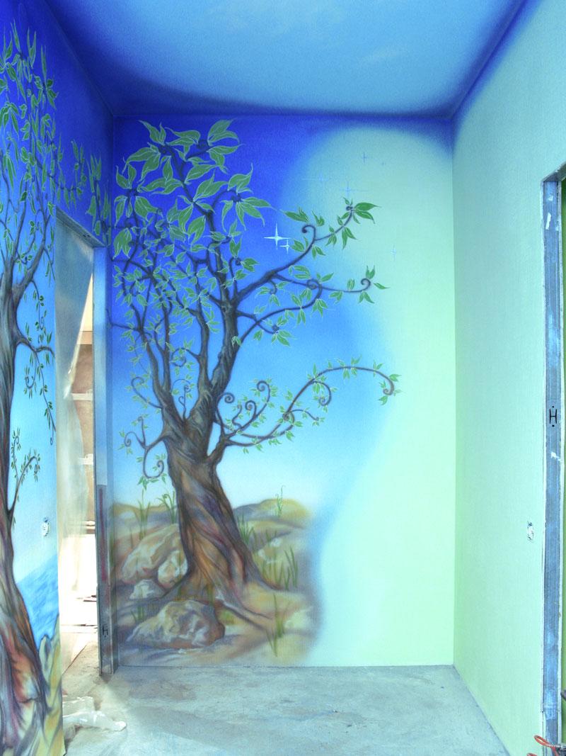 Рисунки красками на стенах своими руками
