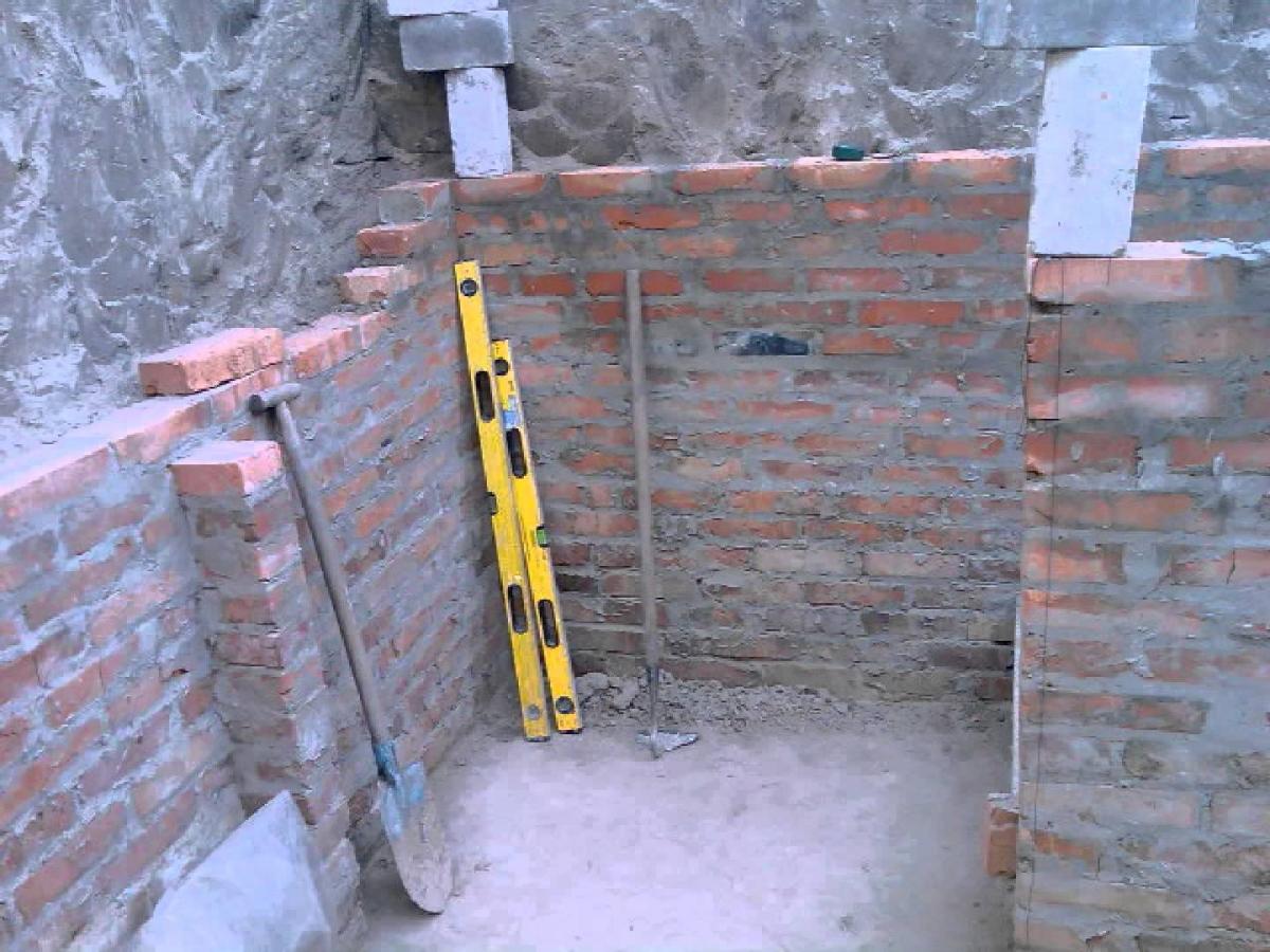 Бетонные стены в погребе своими руками