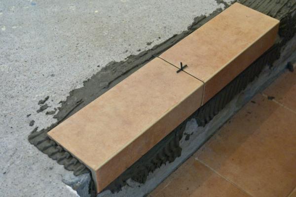 Облицовка плиткой ступеней пошаговая инструкция
