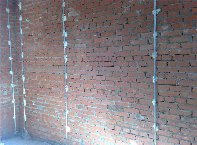 Отделка фасада дома панелями из дерева