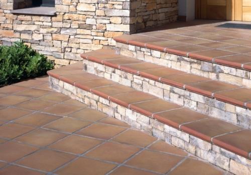 Отделка бетонных лестниц плиткой